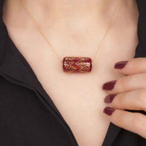 گردنبند شیشه ای مدل بلست , گردنبند , گردنبند طلا , گردنبند دخترانه فانتزی , آویز گردنبند طلا , خرید گردنبند , قیمت زنجیر طلا ارزان , نیم ست نقره , سرویس نقره زنانه , زنجیر نقره ایتالیایی , زیورآلات نقره , زیورآلات شیشه ای